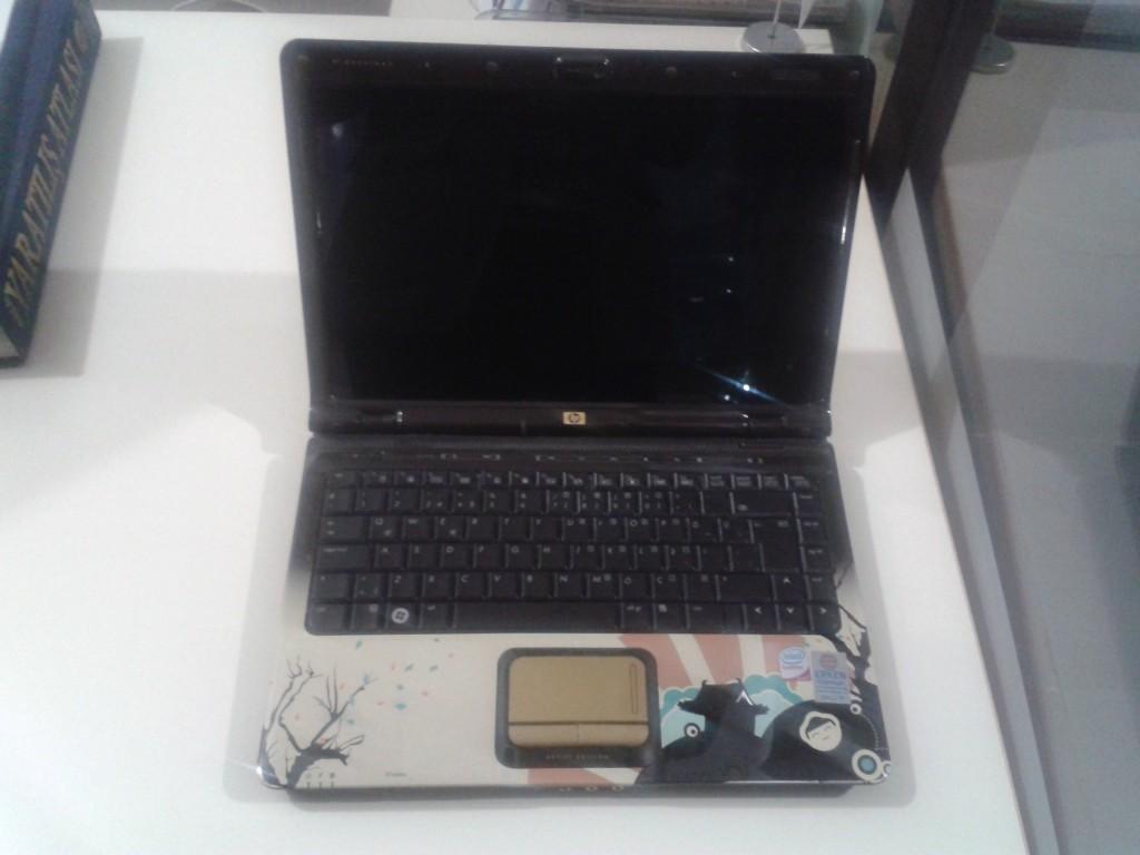 hp laptop ekran onarımı